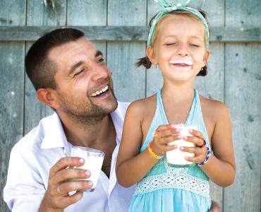 El consumo de lácteos enteros reduce la tasa de enfermedad cardiovascular.
